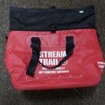 ボート釣りや海水浴におすすめ!ストリームトレイルの防水トートバッグ